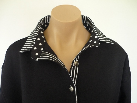 Black rugby - Classic black stripe and big black spot top collar stand and back collar