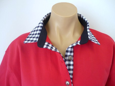 Red Rugby - Big navy check & plain navy stand