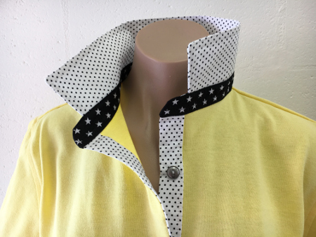 Sorbet Rugby - White/black pin dot & black star collar stand