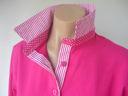 Hot pink Rugby - Thin hot pink stripe & small spot stand